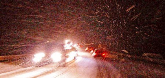 Как ехать в снегопад по трассе